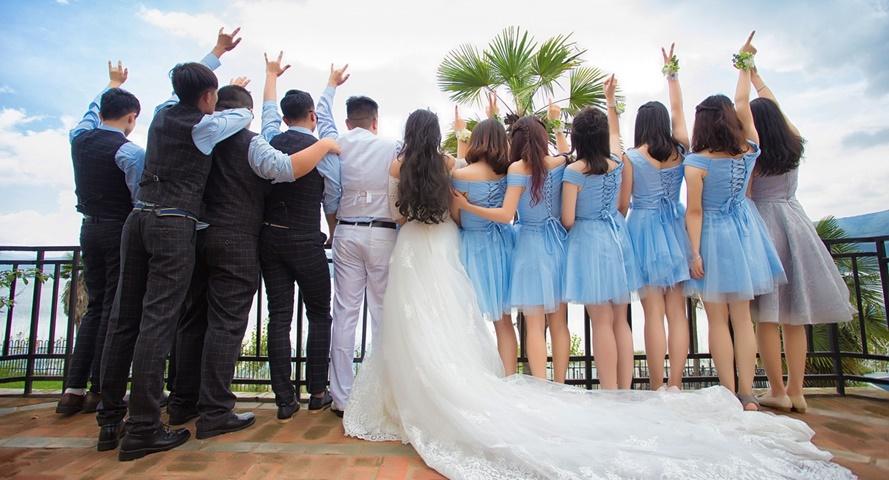 marry-1813571_1280